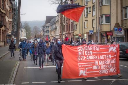 Solidarität mit den G20-Angeklagten! Photo von Lukas Jorre (https://twitter.com/LukasJorre)